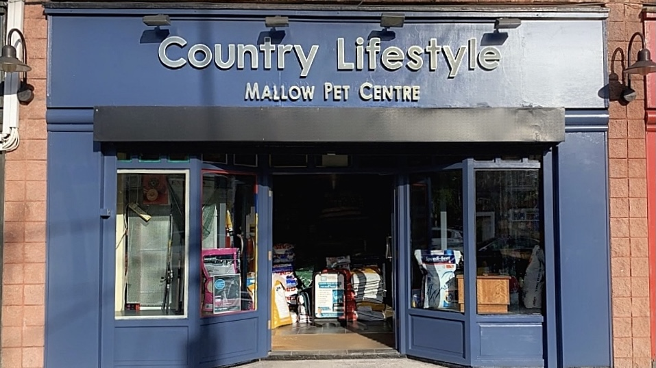 country lifestyle, mallow, co. cork, fishing, shooting, equestrian, horse riding gear, pets and pet food, pet shop.